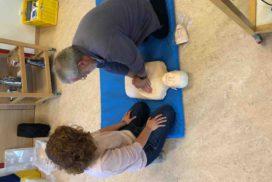 Herzmassage und Reanimation